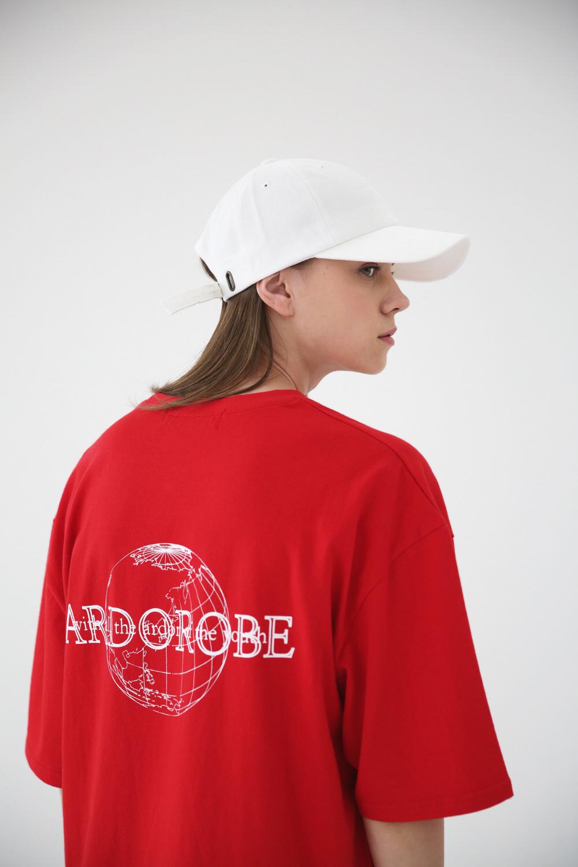 아더로브(ARDOROBE) 글로브 오버핏 반팔티 ATS182204-RD