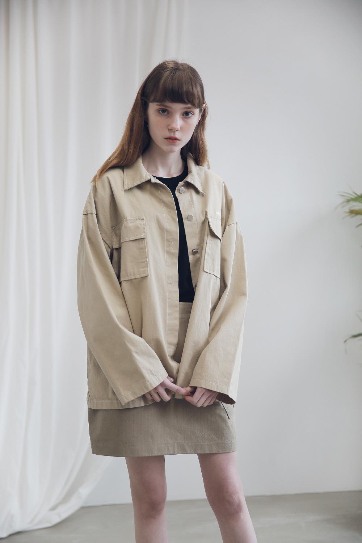 아더로브(ARDOROBE) 투포켓 스티치 셔츠 AST191002-NV