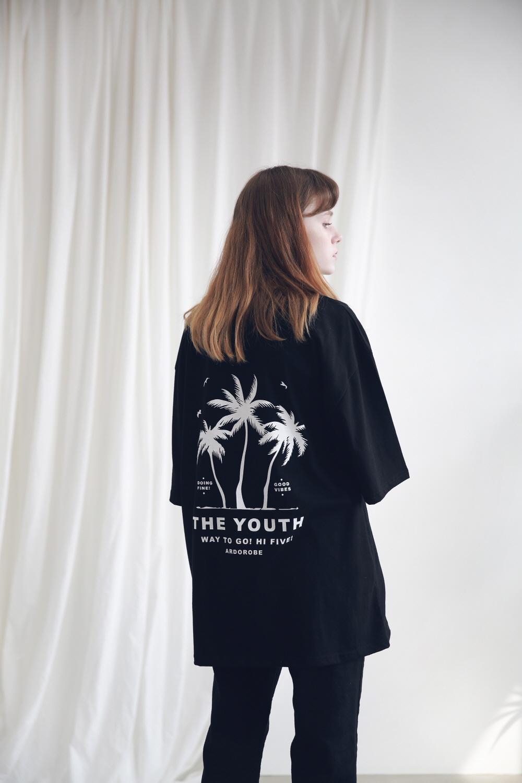 아더로브(ARDOROBE) 유니섹스 팜트리 티셔츠 ATS191002-WT